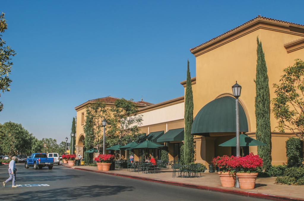 restaurant-store-front